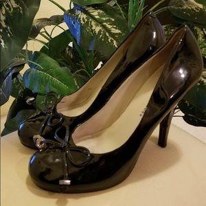 Marc Jacobs black patent pumps size 38